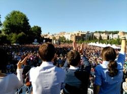 podemos mass meeting