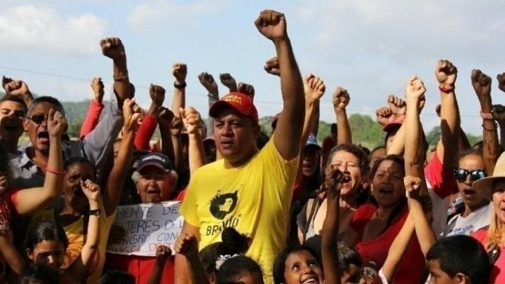 Angel Prado : candidat bolivarien aux élections municipales, contre le PSUV